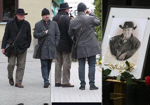 Igor Bareš s Ctiradem Götzem si připili na pohřbu Mirka Hoffmanna vínem.