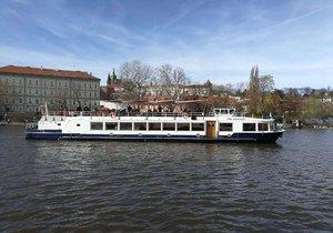 Praha oživuje starší projekt na rozšíření lodní dopravy po Vltavě.
