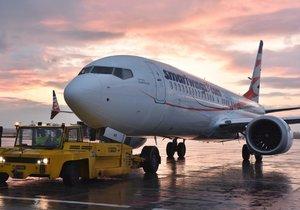 Šéf Boeingu připustil chyby u modelu MAX. 346 lidí za ně zaplatilo svými životy