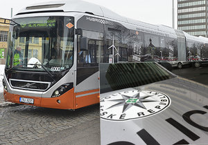Opilec zranil a okradl řidiče MHD v Praze 9: Během pár hodin skončil mladík v poutech