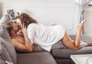 Proč máme devětkrát méně sexu než dřív? Studie odhalila krutou pravdu
