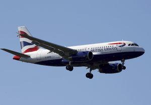 Drama na cestě na Tenerife: Letadlo se zaplnilo kouřem, posádka skončila v nemocnici