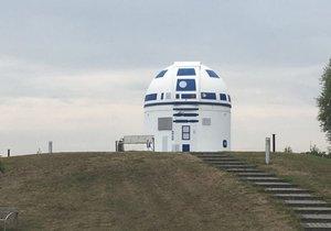 Německý profesor proměnil observatoř v robota ze Star Wars