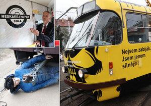 Dopravní podnik rozjel v Praze novou osvětou kampaň, která varuje chodce před nebezpečím srážky s tramvají.