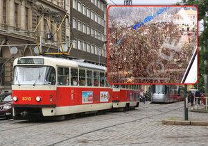 Pražské prostředky MHD stále čelí útokům vandalů, kteří v poslední době používají i kyselinu.