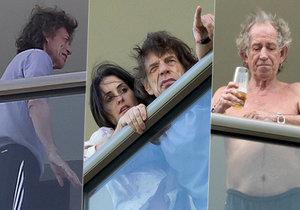 Nemocný Mick Jagger na balkoně ve společnosti manželky a kámoše Keitha Richardse.