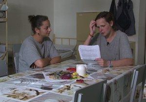 Mladá vězeňkyně Martina si ve vězení odpykává trest 4,5 roku za výhrůžky policistům.