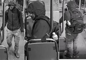 Drzý zloděj okradl v tramvaji ženu: Vytrhl jí batoh a zmizel do noci! Nepoznáváte ho?