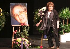 Pohřeb Jaroslava Kepky v Divadla na Vinohradech