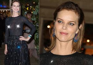 Modelku Evu Herzigovou zradila průhledná blůza! Na festivalu v Cannes ukázala bradavky.