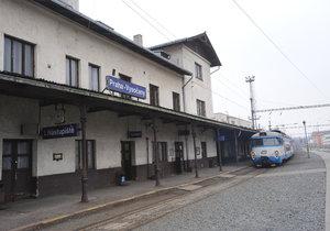 Vysočanské vlakové nádraží.