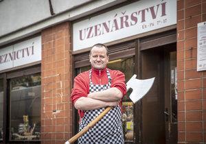 Řeznictví a uzenářství Hudera a syn sídlí ve střešovické ulici Nad Hradním vodojemem.