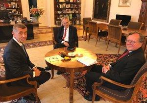 Jednání premiéra Andreje Babiše (ANO) a šéfa Nejvyššího kontrolního úřadu Miloslava Kaly u prezidenta Miloše Zemana
