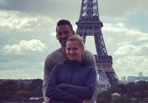 Lucie Šafářová a Tomáš Plekanec si užívají v romantické Paříži.
