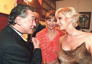 Když Karel zpíval s Helenou v Moskvě, Ivana ho doprovázela.