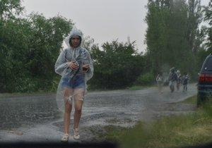 Na území Česka po tropických vedrech udeřily silné bouřky (15. 6. 2019)