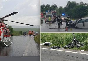 Výlet skončil pro pár na motorce tragicky: Po srážce s autem muž a žena zemřeli.
