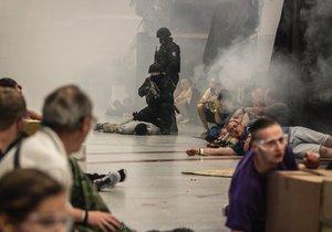 Teroristé obsadili obchodní centrum na Andělu. Protiteroristické cvičení, 18. června 2019