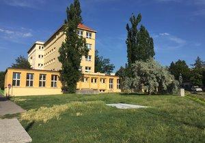 Park u ZŠ Jeseniova čeká velká rekonstrukce. Občané zahájili dialog s radnicí.