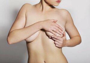 Rakovina prsu postihuje i ženy kolem dvacátého a třicátého roku života. Po třicítce a čtyřicítce číslo výrazně stoupá.