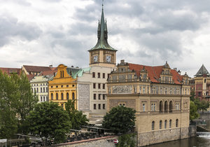 Navštívenka památek za nocleh. Praha zavádí vouchery na podporu cestovního ruchu