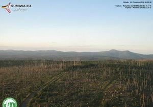 Vůbec nejnižší teplotu, minus 5,1 stupně Celsia, naměřili ve středu ráno na Rokytské slati na Šumavě, kde však rekord odolal.
