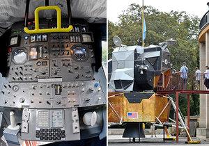 V pražském Planetáriu ve Stromovce je přistavená čtyřtunová replika přistávacího modulu Apollo 11.