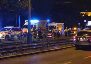 K usmrcení chodce tramvají bohužel došlo před půlnocí v Praze Podolí.
