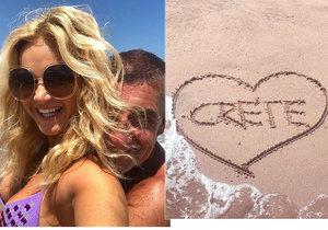 Babišovi si užívají dovolenou na Krétě.
