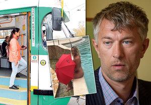 Primátor Jablonce ukázal nahou ženu, stojí mu ale modernizace tramvaje do Liberce