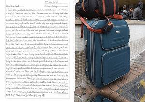 Šestnáctiletý Vietnamec se do Británie dostal nacpaný v kufru, mladík se teď chystá na vysokou, zemi poslal děkovný dopis.