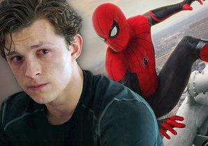 Spider-Man končí po boku Avengers.