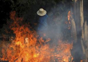 Rozsáhlé požáry v Amazonském deštném pralese.