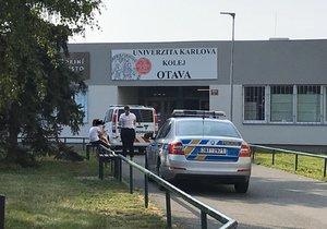 Na studentských kolejích v Praze našli mrtvého cizince.