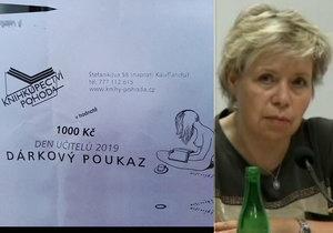 Učitelé v Kopřivnici dostali za odměnu tisícikorunové poukazy do knihkupectví Pohoda. Majitelem je manžel místostarostky Dagmar Rysové.