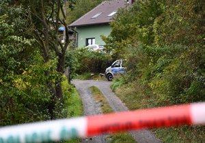 Policisté v Berouně vyšetřují vraždu muže: Zadrželi mladíka s dívkou (oba 20)