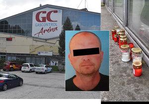 Hokejový fanoušek Michal (†41) zemřel po brutálním útoku v sobotu 26. října před sportovní halou v Havířově. Na místo lidé nosí svíčky.