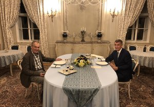 Zeman se chystá do Moskvy. S Babišem v Lánech vzpomínal i na 17. listopad