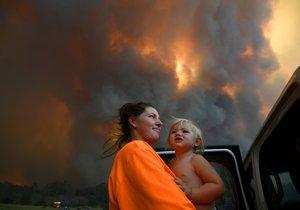 Ničivé požáry zabily v Austrálii už čtyři lidi.