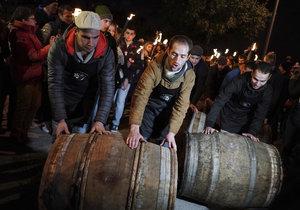 Ve Francii byl zahájen prodej mladého vína beaujolais (21. 11. 2019)