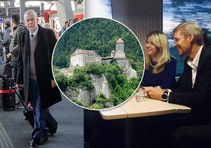Prezident jel vlakem na hrad. Van der Bellen má stejnou zálibu jako Čaputová