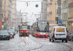 Příští týden bude v Praze deštivo. Místy může padat také sníh.