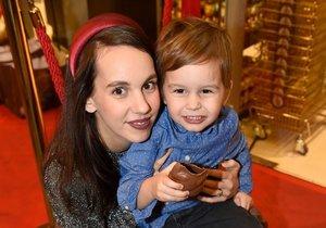 Míša Tomešová se synem