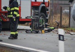 Při nehodě v ulici Přátelství zemřel člověk.