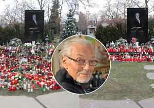 Hrob Karla Gotta je v neustálém obležení svíček.
