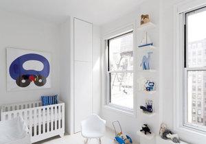 Velokrysý domov pro štyřčlennou rodinu je plný světla a elegantního vybavení