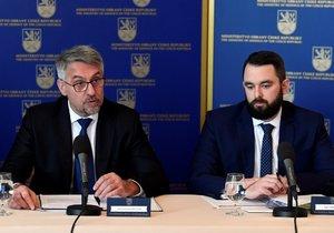 Náměstek ministra obrany Filip Říha rezignoval.