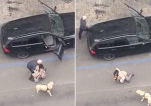 Strašné chování pražského taxikáře: Násilím z vozu vytáhl nevidomou ženu, vadil mu její pes