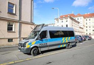 Pražský soud řešil případ údajného podvodu, kdy měl policejní důstojník nadržovat svému podřízenému, který je shodou okolností jeho zetěm. (ilustrační foto)