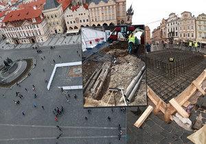 Průběh prací na stavbě Mariánského sloupu na Staroměstském náměstí v únoru a březnu 2020.